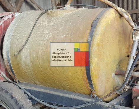 1 m3 - es üvegszálas erősítésű,  fekvő hengeres műanyag tartály - R1;