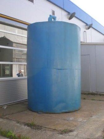 10 m3-es álló hengeres - hőszigetelt - poliészter üvegszálas műanyag tartály - újszerű - R1;
