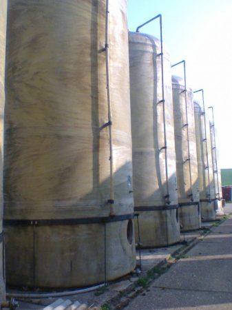 42 m3-es álló hengeres, poliészter - üvegszálas műanyag tartály - több db - B3 - K;