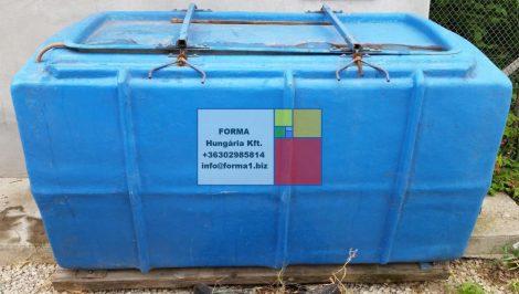 1,8  m3-es szögletes kialakítású üvegszál erősítésű poliészter műgyanta HALSZÁLLÍTÓ tartály- több db - R2;