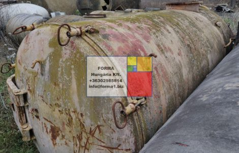 5 m3-es, fekvő hengeres szippantó vastartály - R1;